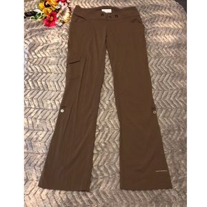 Columbia Woman's Pants Size 8 Regular Omni Shield